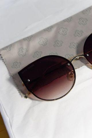 Maroon Gradation Sunglasses