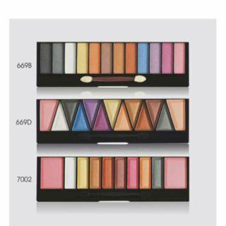 Implora Eyeshadow palette