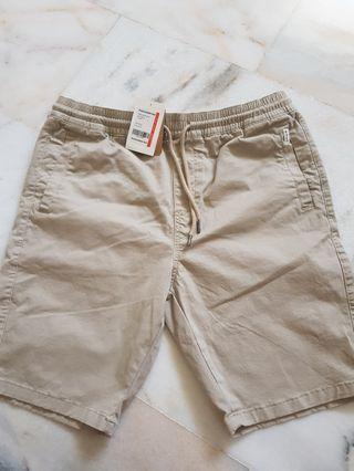 Padini Khaki Short (New) L size