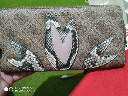 Dompet guess branded