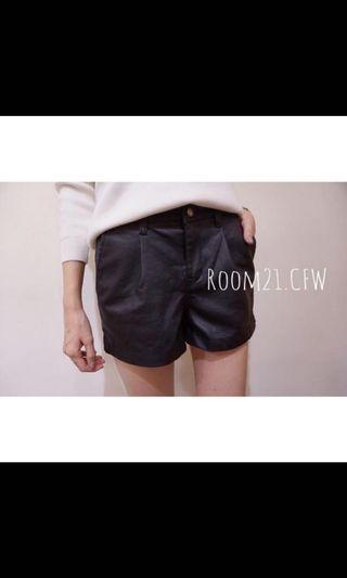 🚚 Room21 正韓皮短褲