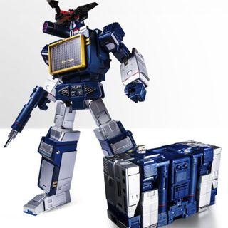 PO Transformers THF Soundwave with Laserbeak Toy House Factory
