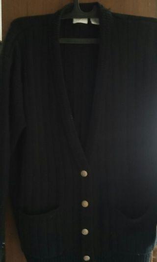 #BAPAU Jaket rajut hitam