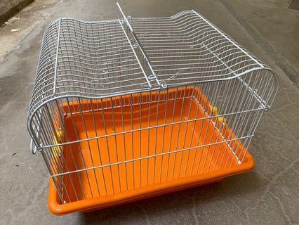 Portable Pet Cage for owners who love their pets the most!