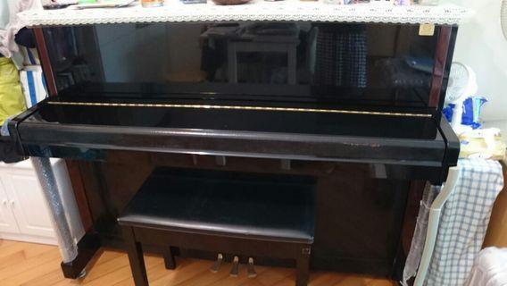 Yamaha 鋼琴LX113T