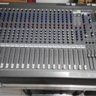 Samson L2400 4 BUS MIXING CONSOLE ( 24 CHANNEL ).      AC120/240V POWER CONSUMPTION 50/60Hz 60W)      b) Come With Flight Case.