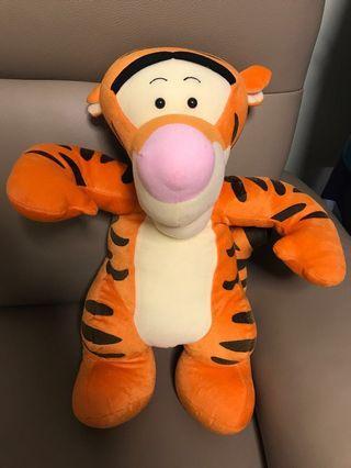 Winnie the Pooh 小熊維尼 跳跳虎 Tiger 大公仔