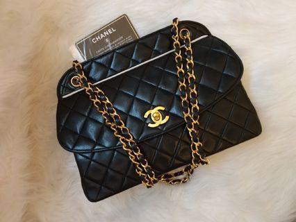🎊On sale🎊現貨Vintage Chanel黑色羊皮梯形白邊金扣2 way bag