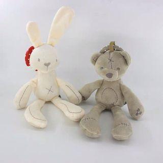 🚚 British Baby Bear/Rabbit Rattles