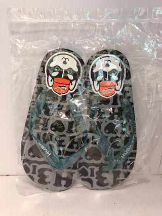 台北 Husky x3 拖鞋