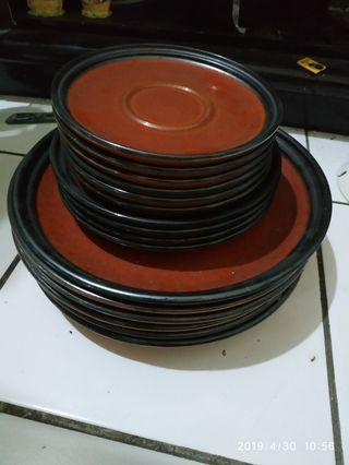 Piring keramik second