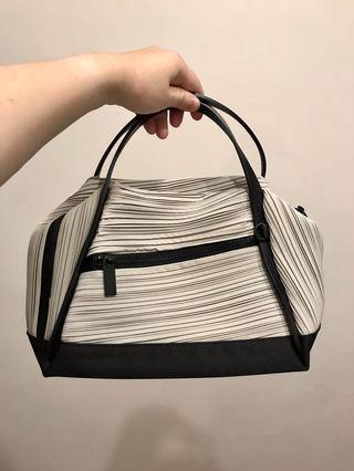 Bias Bag (Small Grey Colour)
