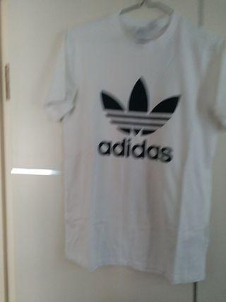 Adidas男裝t-shirt