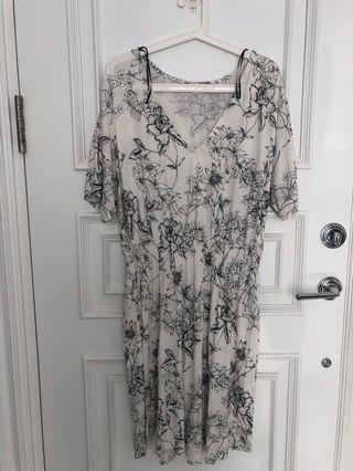 H&M white tshirt dress