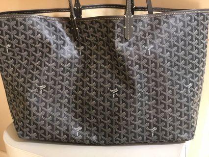 🚚 Large Handbag St Louis
