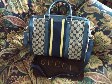 Gucci Boston with strap Bag
