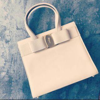[降價] Salvatore Ferragamo handbag