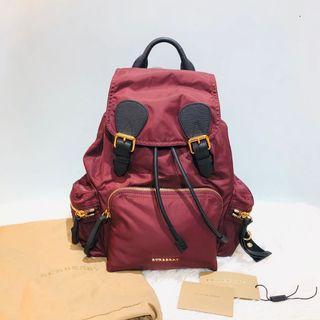 正品Burberry Backpack medium size
