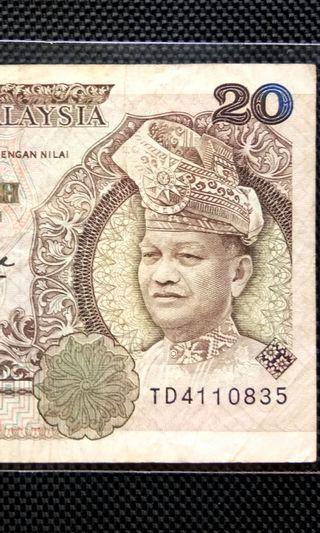TD4110834 RM20 Old Banknote Tan Sri Abdul Aziz bin Haji Taha Gabenor ke 3, 5 Tahun Julai 1980 Jun 1985 Wang Kertas Lama Dua Puluh 20 ringgit