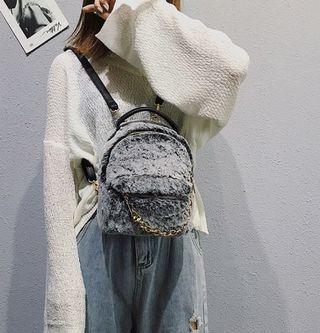 🚚 Fluffy Snow Bag