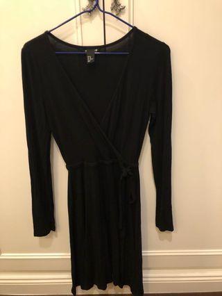 黑色H&M 低調淑女長袖交叉領短洋裝