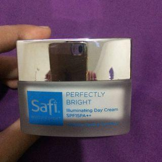 Safi perfectly bright day cream spf 15 pa++ 20gr