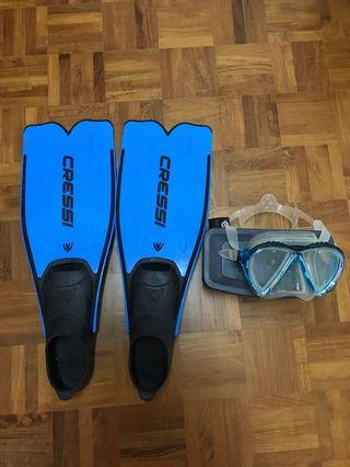 Ladies Cressi diving fins and mask
