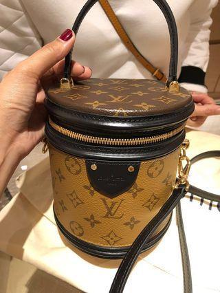 🚚 Louis Vuitton Cannes Bag