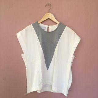 #BAPAU WHITE GREY BLOUSE