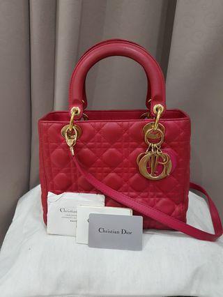 Lady Dior Medium Fuschia in GHW