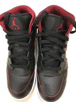 Air Jordan 1 黑色 size38/US5.5Y