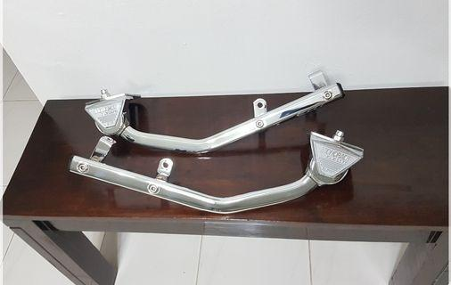 Rxz chrome givi short rack