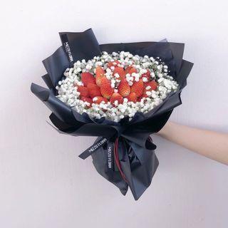 🚚 Strawberry Bouquets | Fresh flower bouquet | Strawberry with Baby breath bouquet | Birthday Flower | Anniversary Gift | Surprise Gift | Flower Delivery | 草莓花束 |草莓 满天星 |生日花束 |鲜花运送