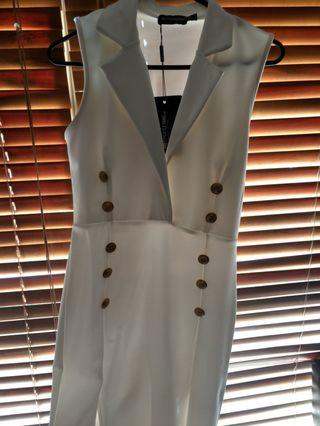 BNWT Pretty Little Thing White dress