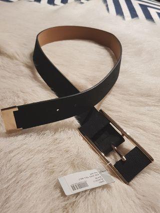 Shrike Black Belt with Gold Finishing