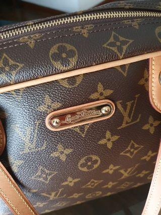 Louis Vuitton Montorguiel GM