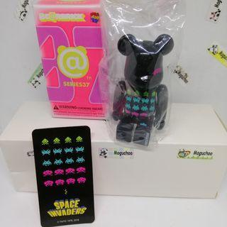Bearbrick Series 37 Pattern Space Invader figure
