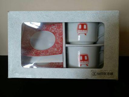 絕版2006 MTR紀念茶杯 一套2件