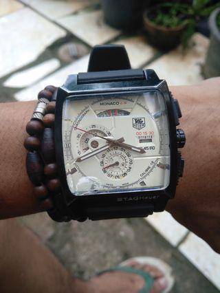 Jam tangan tag heuer chrono