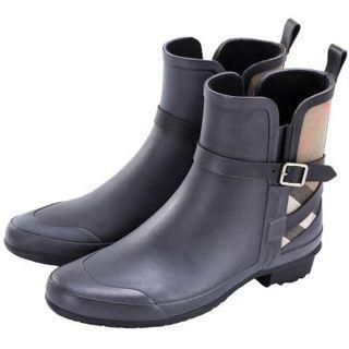 🚚 Burberry雨靴