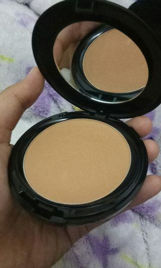 Make Over PERFECT COVER TWO WAY CAKE Spf 15 No.6 CAPUCCINO