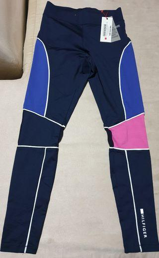 Tommy Hilfiger leggings brand new size small