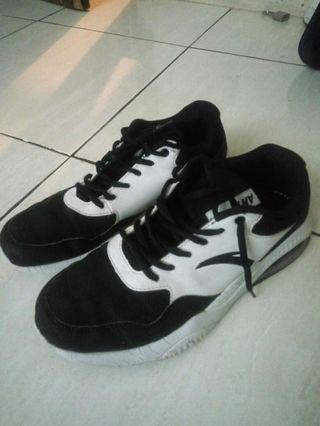 Second sepatu