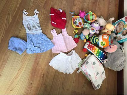 🚚 Bamboo swaddles & 0-12 months assorted toys