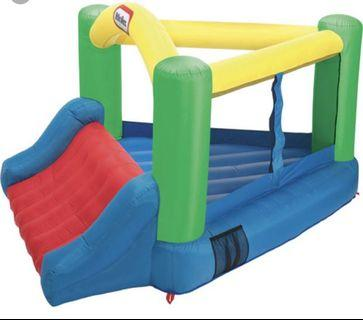Little Tikes Triangular Bouncy Castle