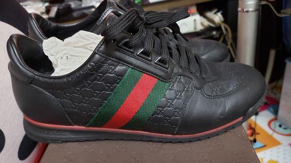 GUCCl休闲鞋