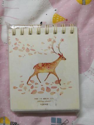 🚚 100 days planner with nice coloured inner pages