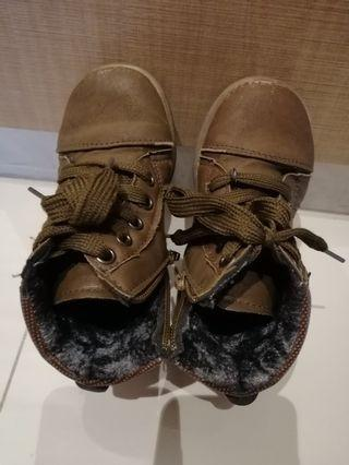 Boys Boot Size 26 [ 2 to 3 yrs old]