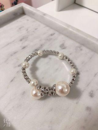 Crystal pearl bracelet/bangle