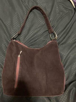 🚚 Brown Handbag